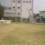 本日学校だった不思議なスペースで夏まつり、子ども楽しいよ。
